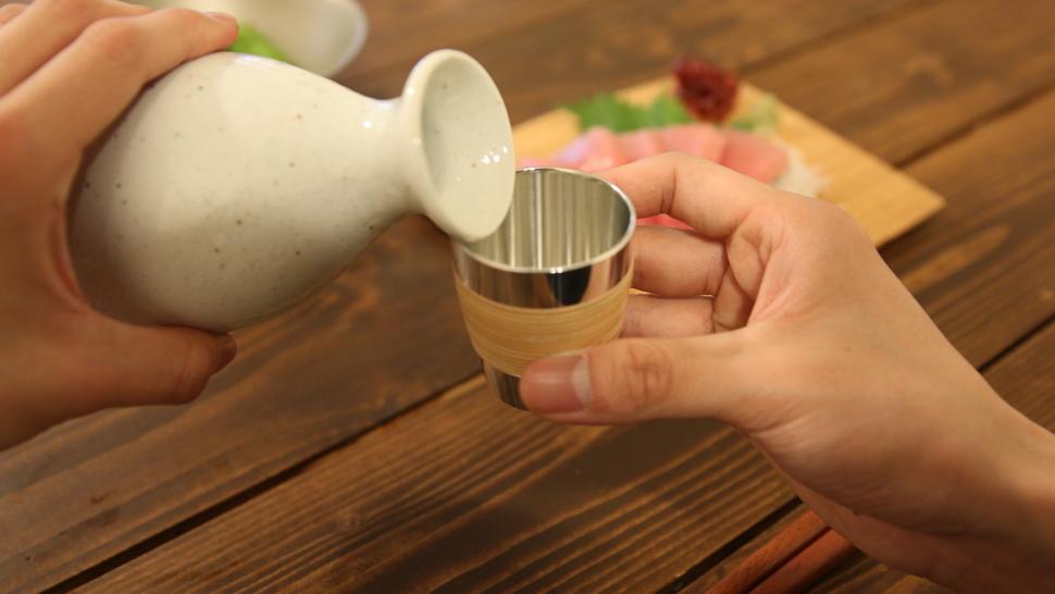 錫光のぐい呑 藤巻は日本酒におすすめ