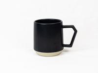 美濃焼 CHIPS mug. MAT black