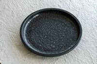 藤陶 黒イラボ釉 7寸皿