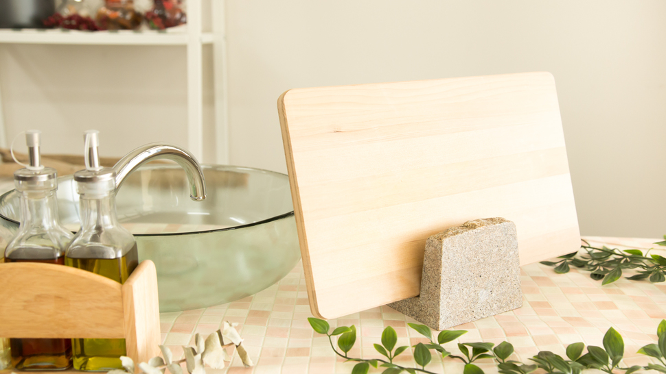 cutting-board-stand-in-the-kitchen
