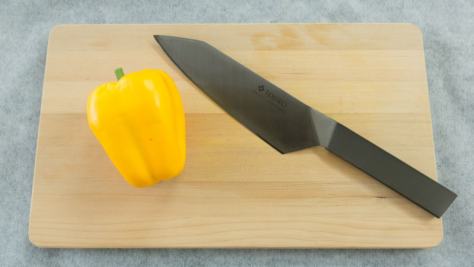 kitchen-knife-on-the-cutting-board