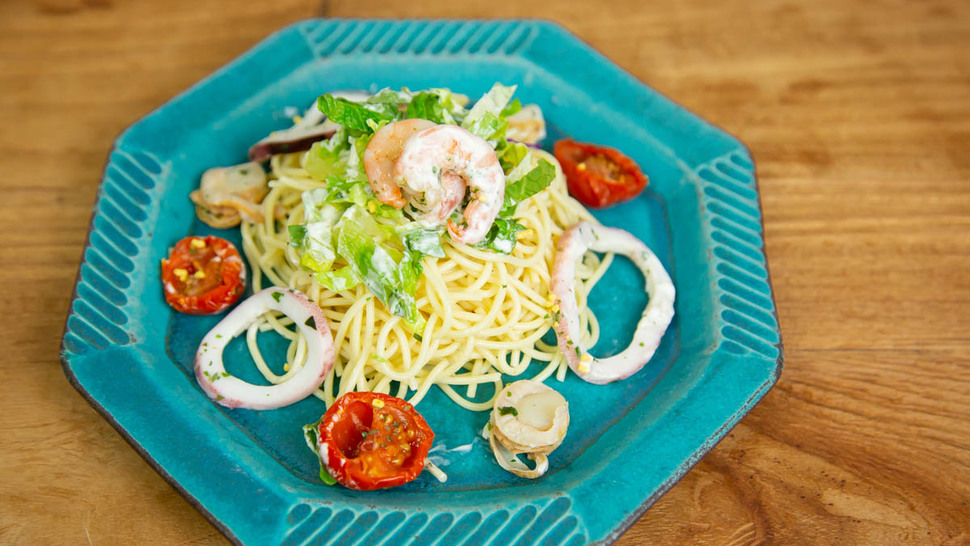 pasta-on-green-plate
