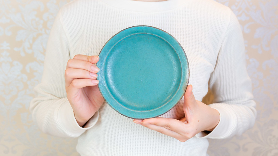 round-green-plate