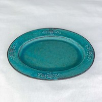 Green oval plate