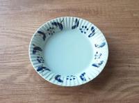 ヤマト陶磁器 花紋つなぎ 渕彫皿