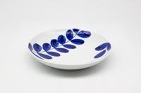 マルシゲ陶器 染付シダ絵 丸5寸皿