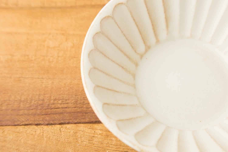 家族との思い出を刻む親しみのあるkinariシリーズの朝顔鉢