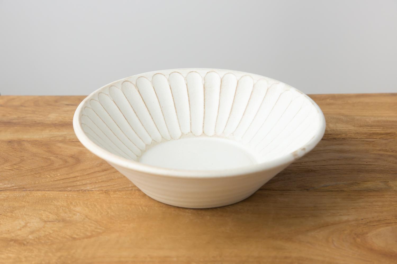 深さと安定感のあるKinariしのぎ朝顔鉢