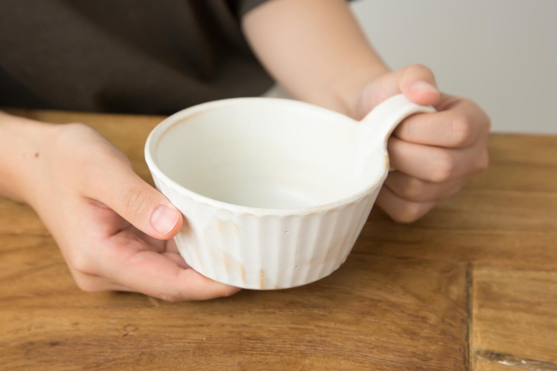 食卓にぬくもりを添える益子焼スープカップ