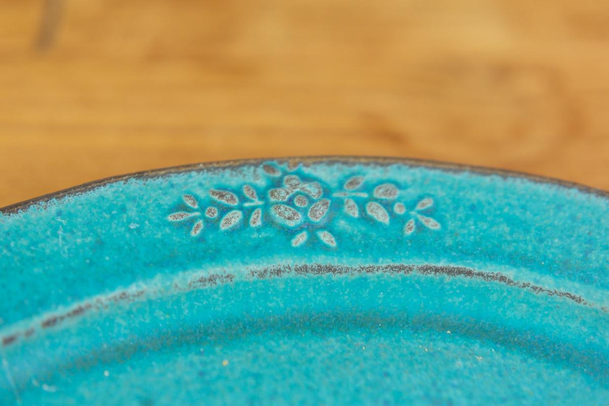 花柄でおしゃれな陶器素材のお皿 オーバル シャビーターコイズ