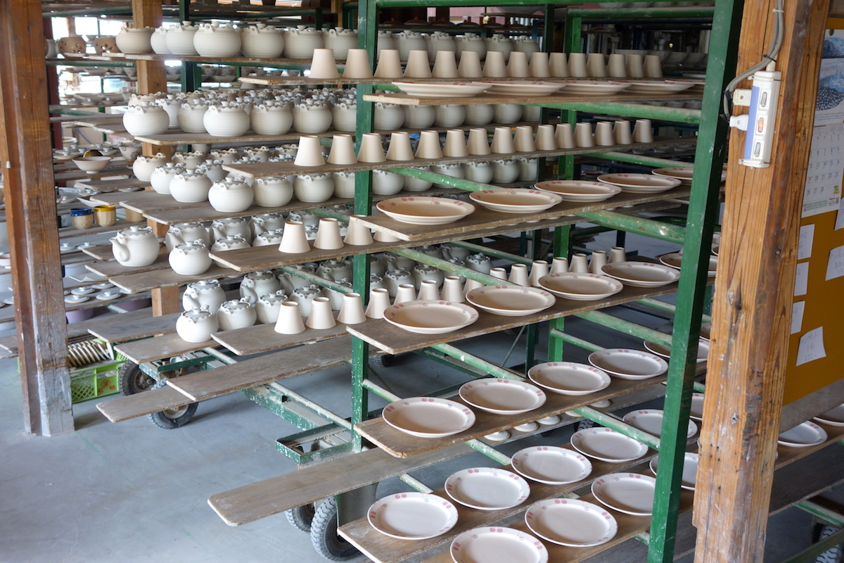 製作中の食器