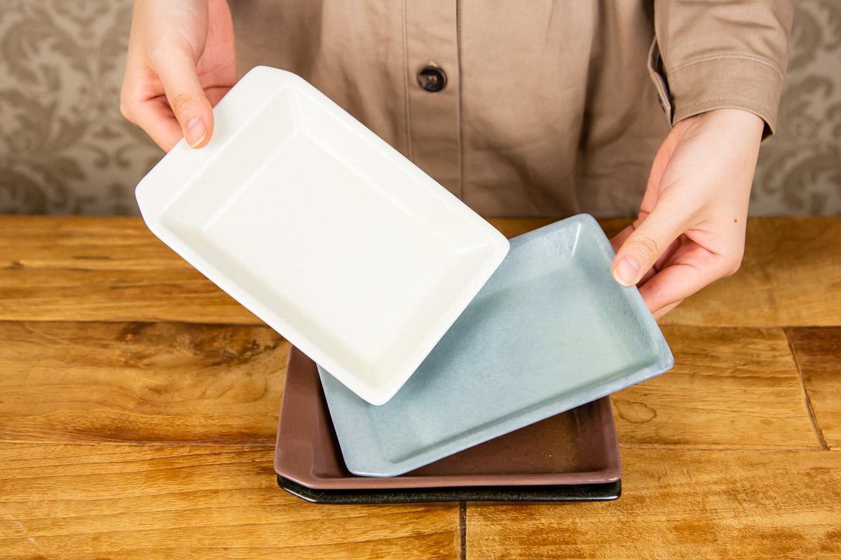 封筒のかたちで料理を届ける KIRITORU IRON プレート