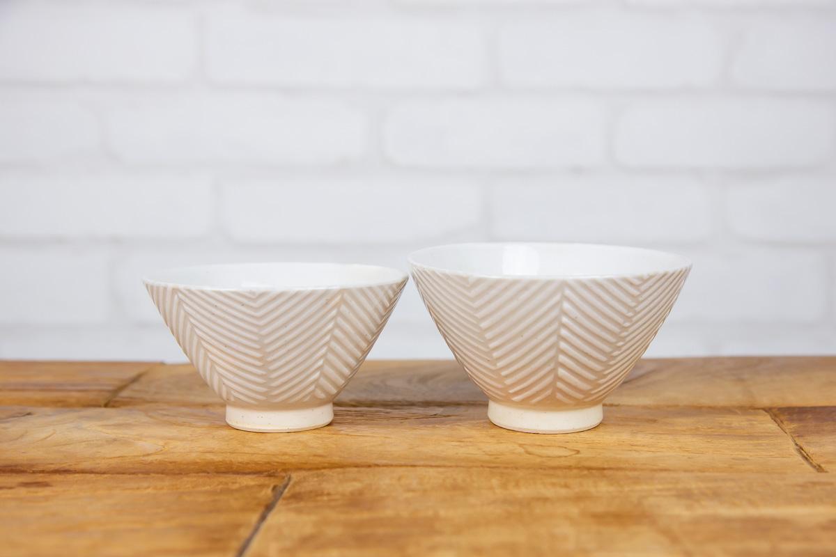 ふつう、大の2つのサイズのお茶碗