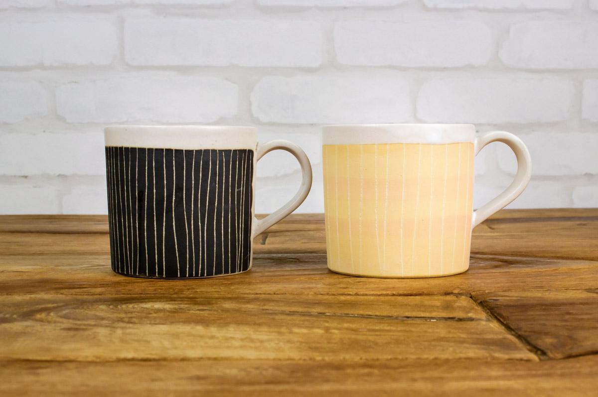 パンにもごはんにも 食事に「似合う」マグカップ CHIPS 掻き落としの陶器 MUG CUP