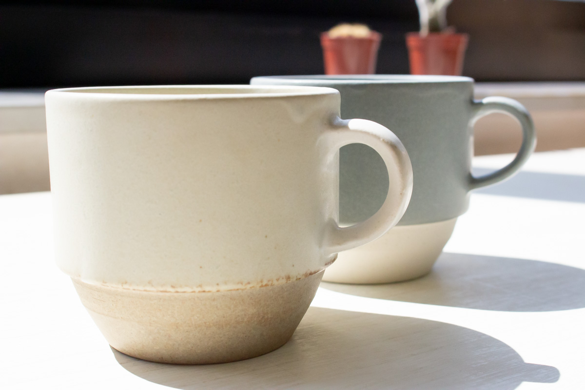 陶器素材の食器と一緒に楽しむ「SOROI Daylight MUG CUP」