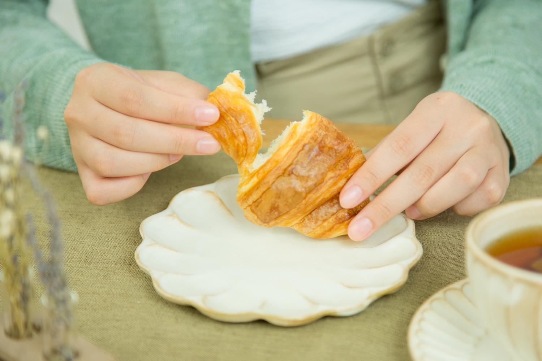 陶器素材の食器は和食だけとは限らない