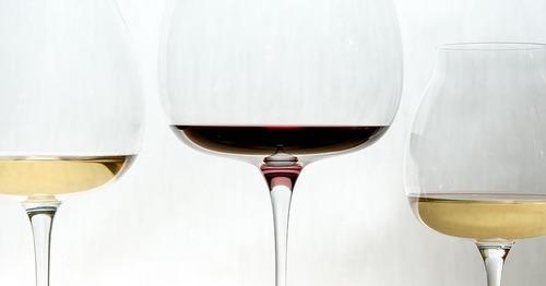 ワイン初心者が知っておきたい「スワリング」のマナーって?
