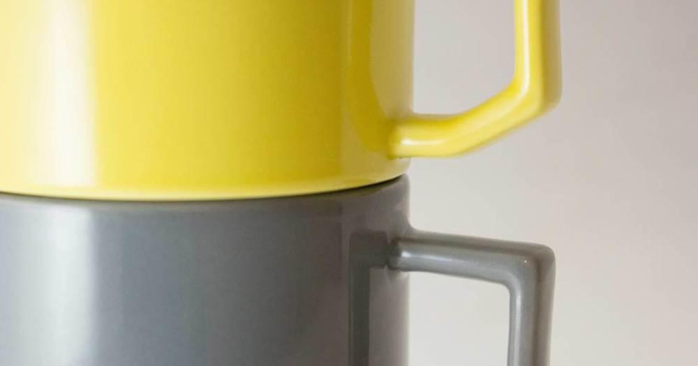 日本産のお洒落なティーカップ/陶磁器