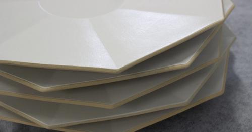 八角形の波佐見焼「eni」、8月8日より88枚限定で艶ありを販売します!