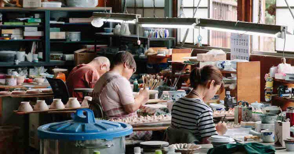 ついに1周年。今月の「CRAFT陶器市」は波佐見焼をお届けします