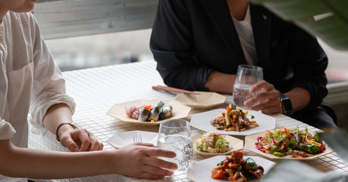素材やデザインで決める!毎日の料理を引き立てる白い食器