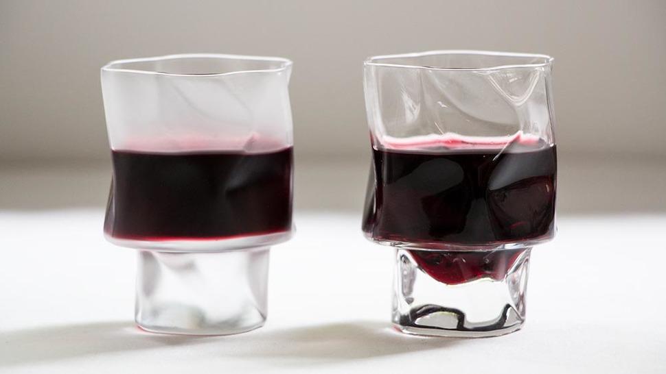 しわくちゃな形が癖になる、気軽にワインを楽しむ「母の日」のプレゼント