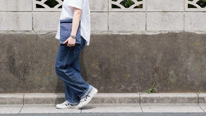 siwa クラッチバッグ(M)持ち歩き