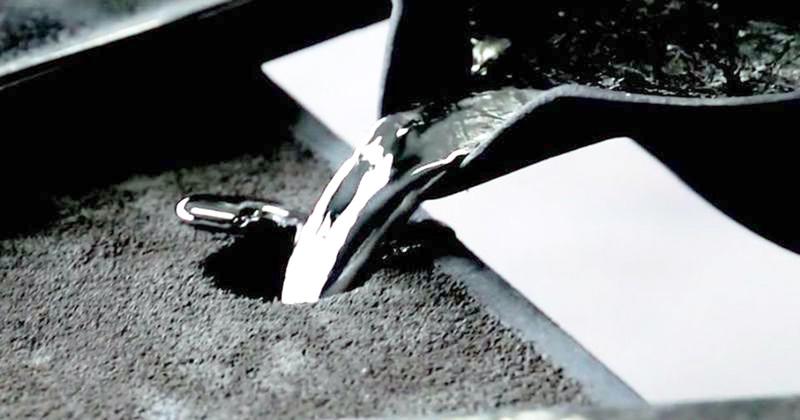 箸置 –「月」 – 5ケ入 製造シーン