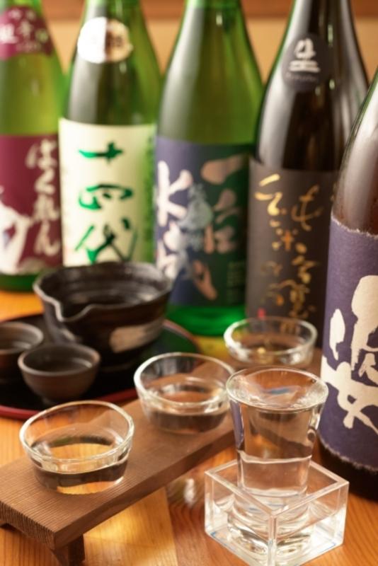 注がれたいろいろな日本酒